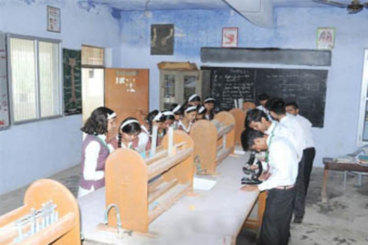Central Agra Public School-Chemistry Lab