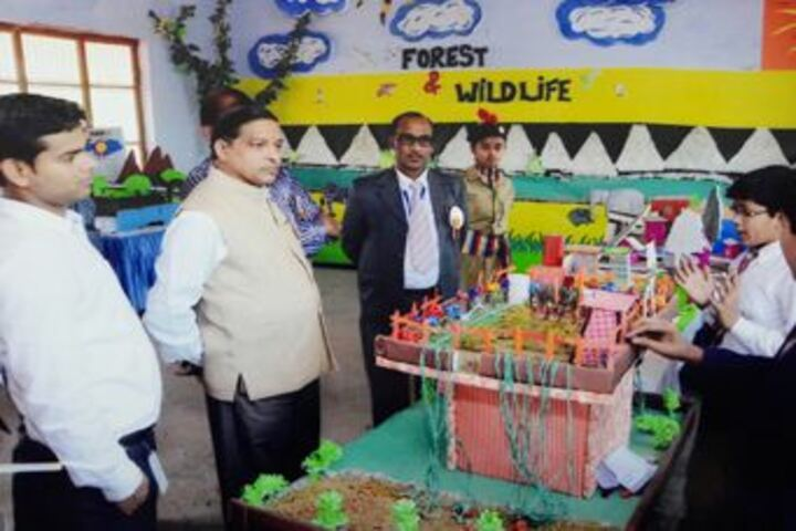 Central Agra Public School-Exhibition