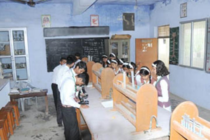 Central Agra Public School-Science Lab