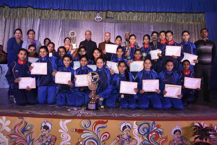 Central Hindu Girls Senior Secondary School-Awards