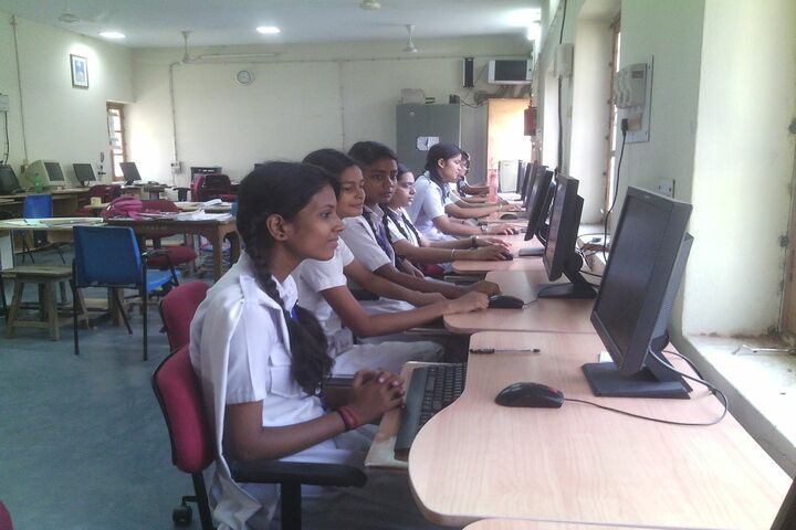 Central Hindu Girls Senior Secondary School-Computer Lab