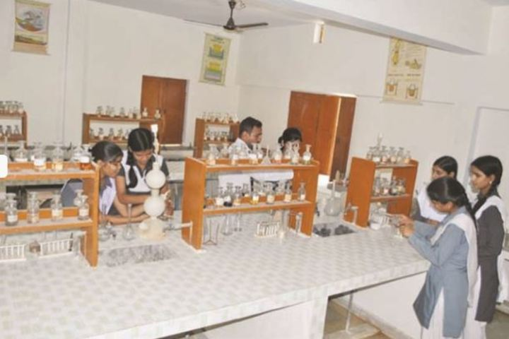 Central Public School-Chemistry Lab