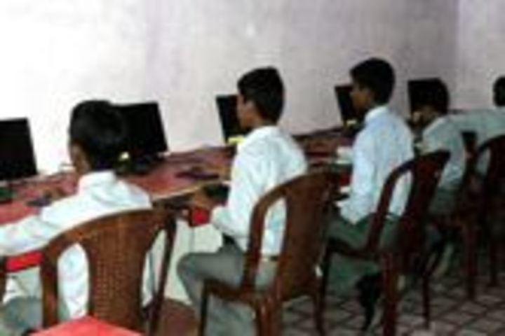 Sarswati Vidya Mandir-Computer Lab