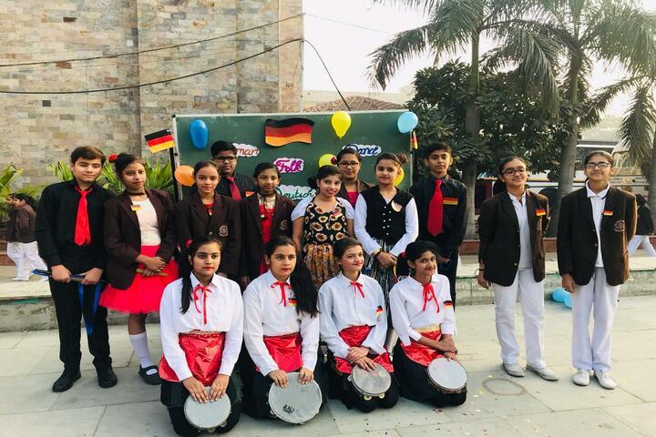 Ch Chhabil Dass Public School -School Band