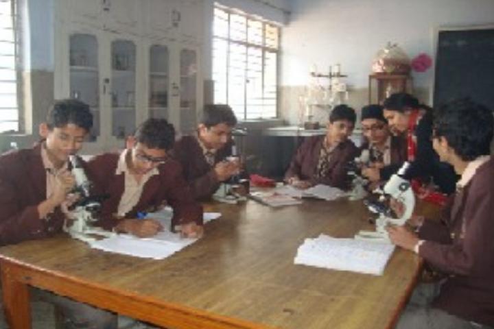 Ch Chhabil Dass Public School-Biology Lab