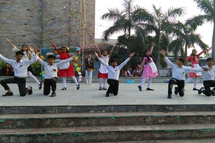 Ch Chhabil Dass Public School-Dance