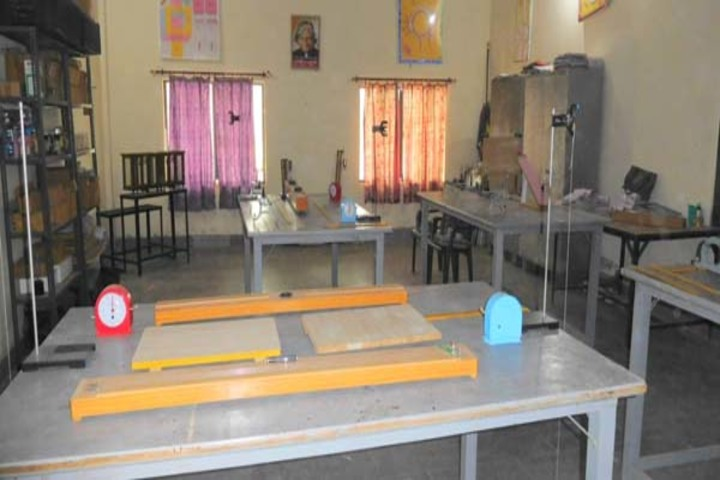 Ch Prakash Chand Senior Secondary School-Physics Lab