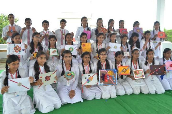 Chandra Public School-Painting