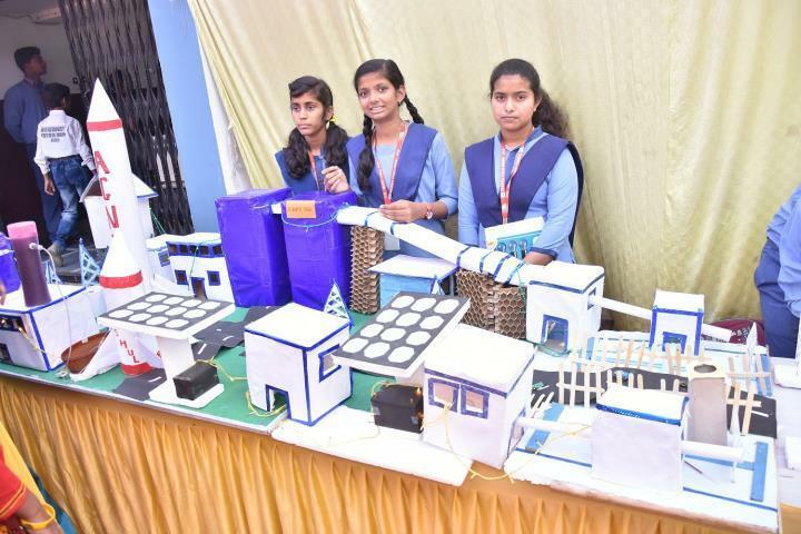 Chandra Public School-Science Exhibition