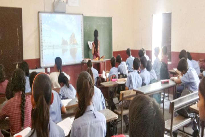 Chandraprabha Public School-Classroom