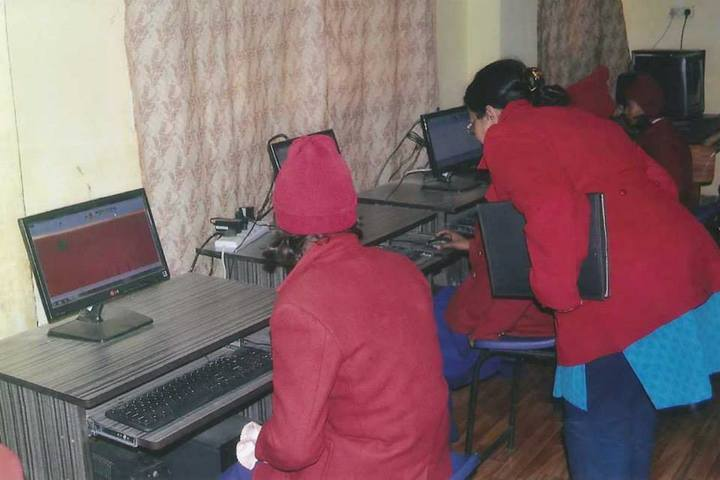 Chandrej Singh Childrens Academy-Computer Lab