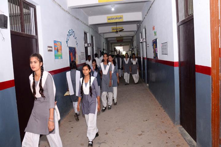 Childrens Academy-Coridor Activity