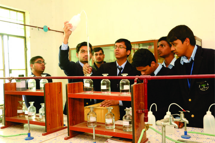Colonel S N Mishra Obe Memorial School-Physics Lab