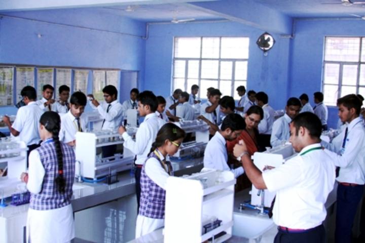 ColonelS Brightland Public School-Chemistry Lab