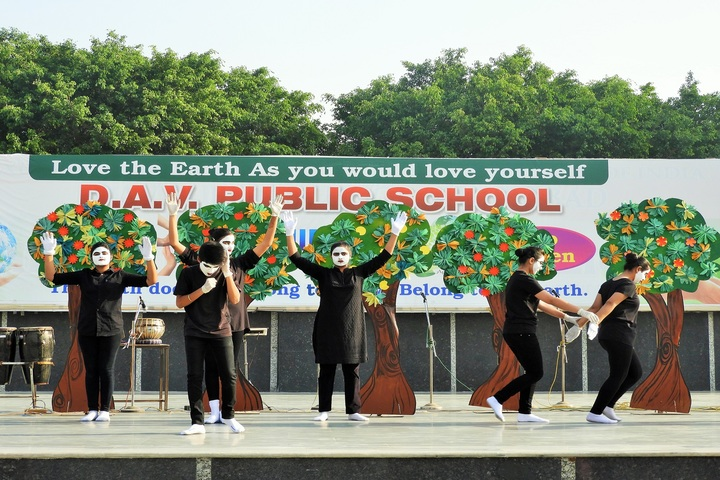 D A V Public School-World Earth day