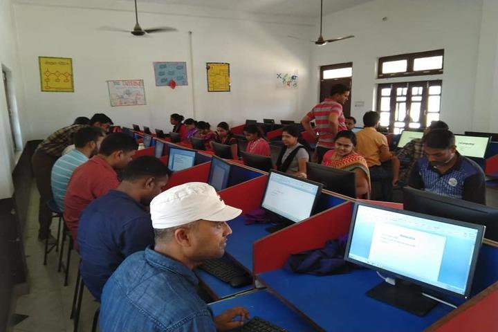 D R M Public School-Computer LAb