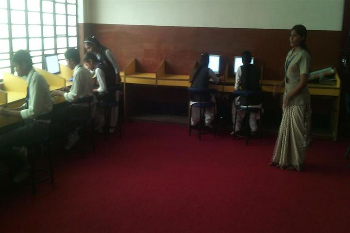 D S Public School-Computer lab