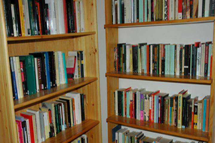 D D Model School-Library