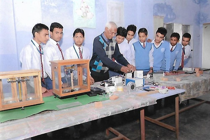 D S 4 Junior High School-Physics Lab