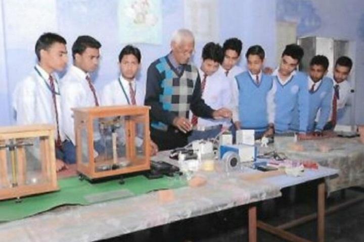 D S 4 Junior High School-Science Lab