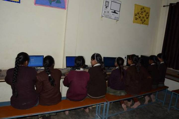 Dadri Public School-Computer Lab