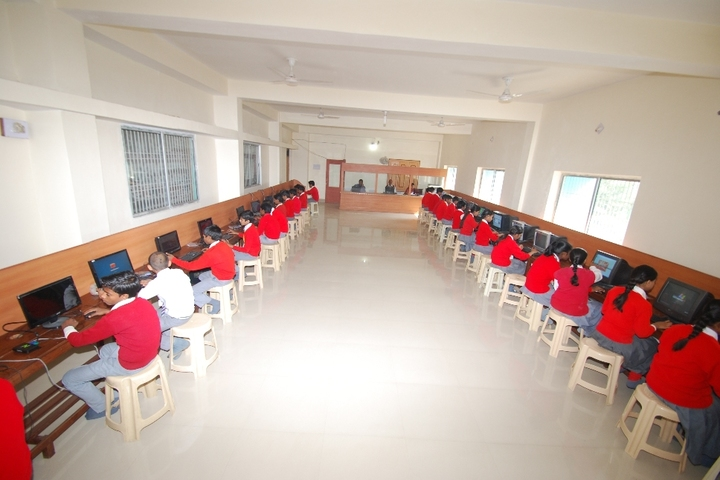 Secondary Delhi Public School-Computer Lab