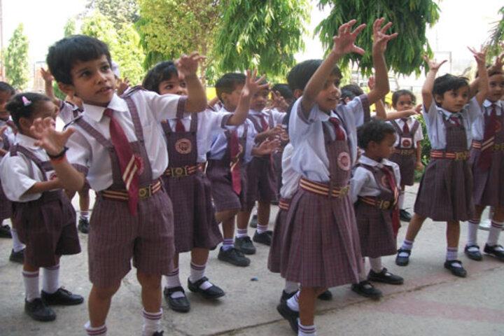 Dayawati Modi Academy-Kids Activity
