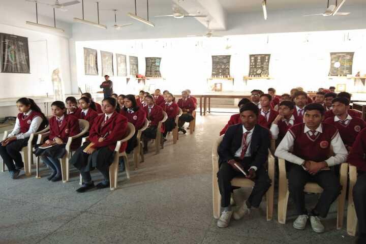 Dayawati Modi Academy-Science Lab