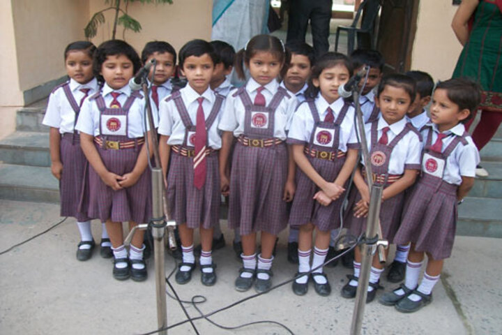 Dayawati Modi Academy-Singing