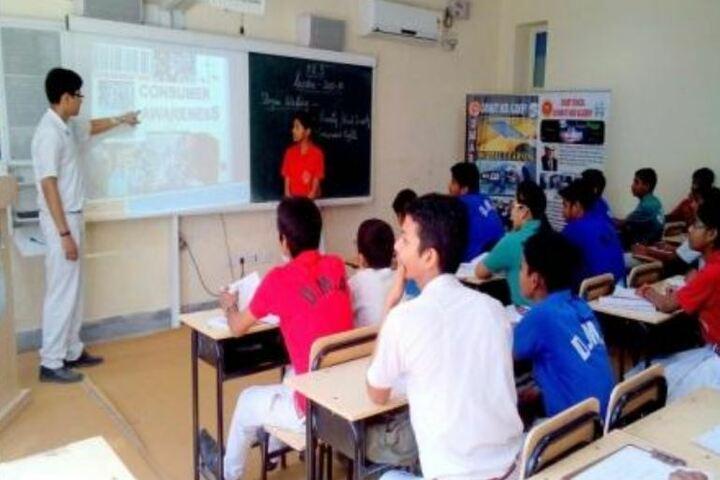 Dayawati Modi Academy-Digital Classroom