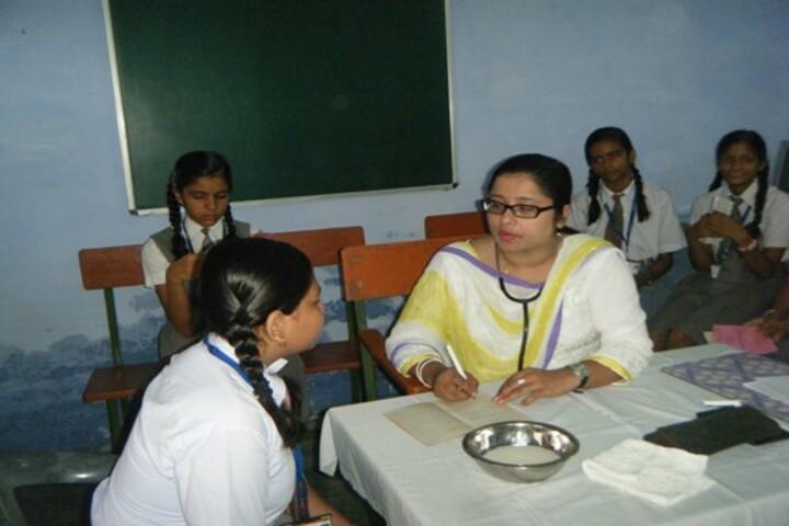 Dayawati Modi Public School-Infirmary Room