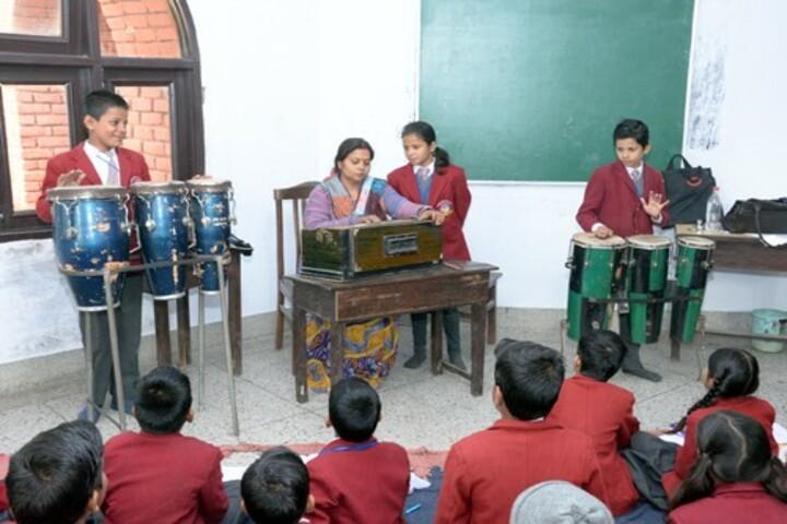 Dayawati Modi Public School-Music Room