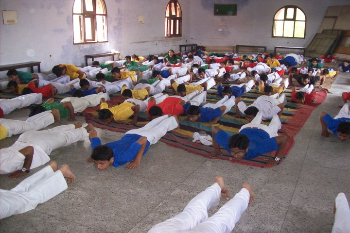 Dayawati Modi Public School-Yoga