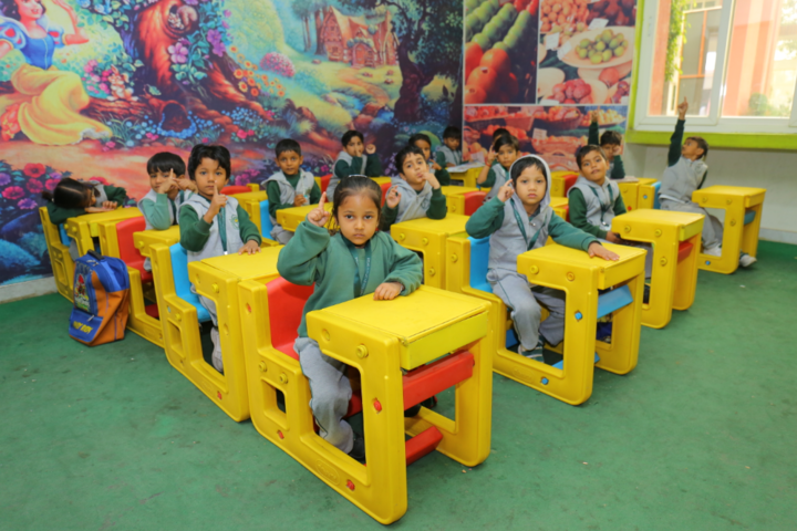 Delhi Public International School-Kids classrooms