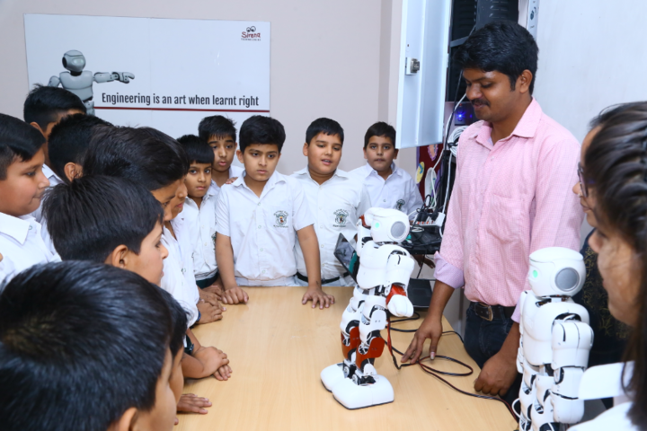 Delhi Public School-Robotics-Lab