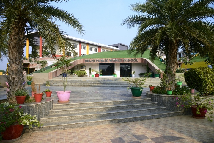 Delhi World Public School-Campus View