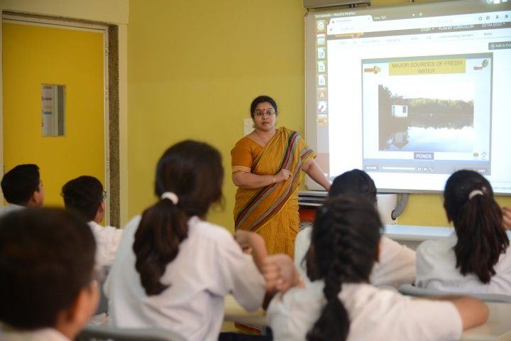 Delhi World Public School-Classroom