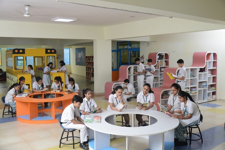 Delhi World Public School-Library