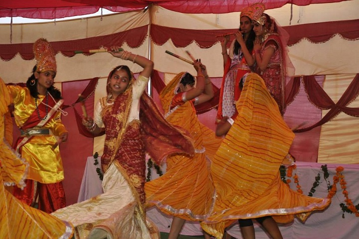 Dev Krishna Public School-Events dandiya