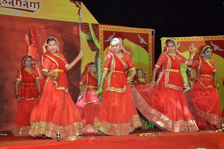 Divine International Academy-Dance
