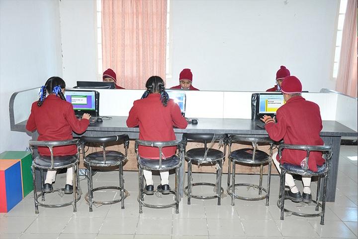 Divine International School-IT Labs