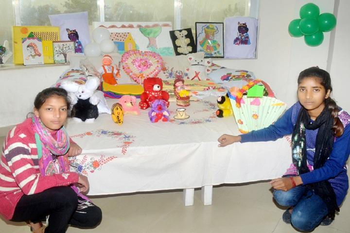 Divya Public School-Exhibition