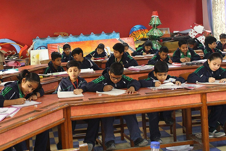 Dlf Public School-Classroom