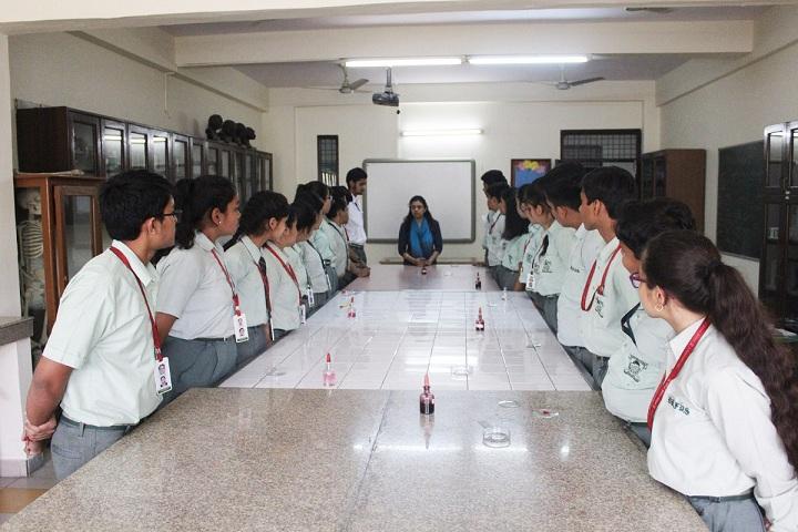 Dlf Public School-Laboratory biology