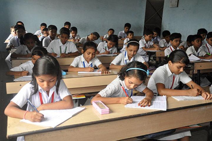 Shanti Smiriti Sambhawana Awasiva Uchh Vidyalaya-Classroom