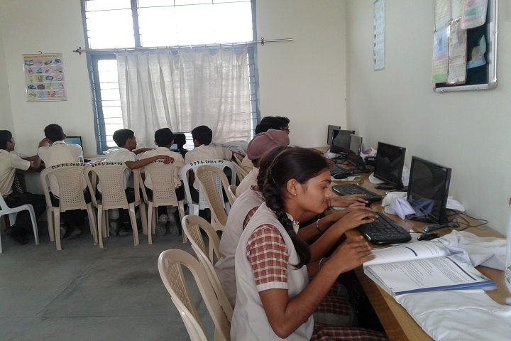 Doons Pride Public School-IT Labs