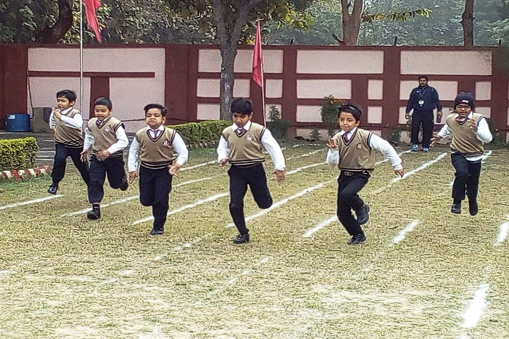 Dr Amrit Lal Ishrat Memial Sunbeam School-Sports running