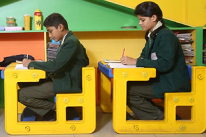Dr MPS World School-Classroom