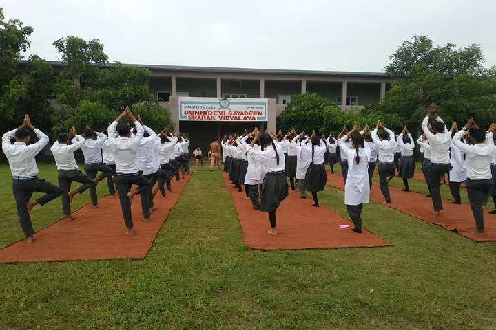 Dunni Devi Gayadeen Smarak Vidhyalaya-Yoga