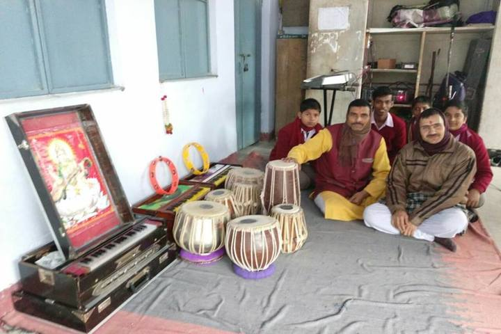 Sharshwati Shishu Vidya Mandir Chapra-Musical Band